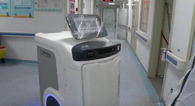 广东医院用机器人实现自动物资配送!