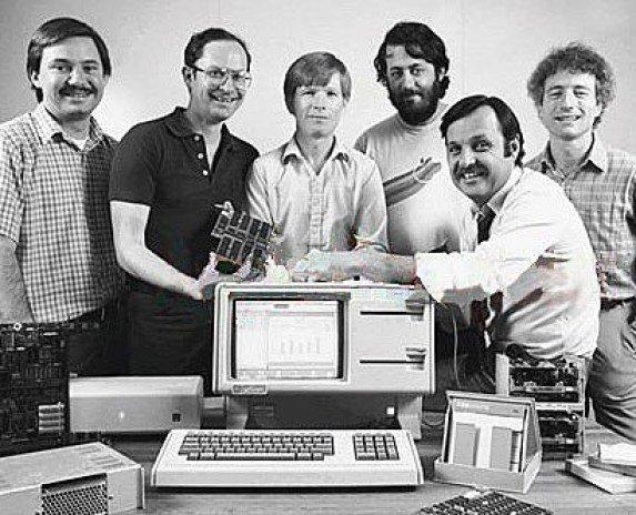 致敬先驱!复制粘贴 UI 之父、Java 和互联网创建者相继离世