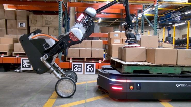物流机器人 Handle 走向商用!号称搬砖大力士!